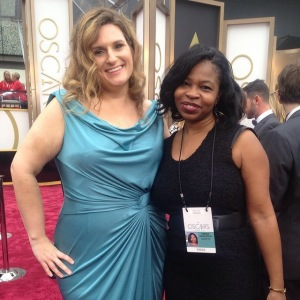 Entertainment producer Nicole Evatt (left) and Global Entertainment and Lifestlyes Editor Nekesa Moody cover the 2014 Academy Awards in Los Angeles (AP Photo).